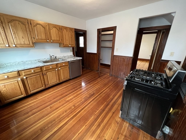 4 Lester Place Boston MA 02130