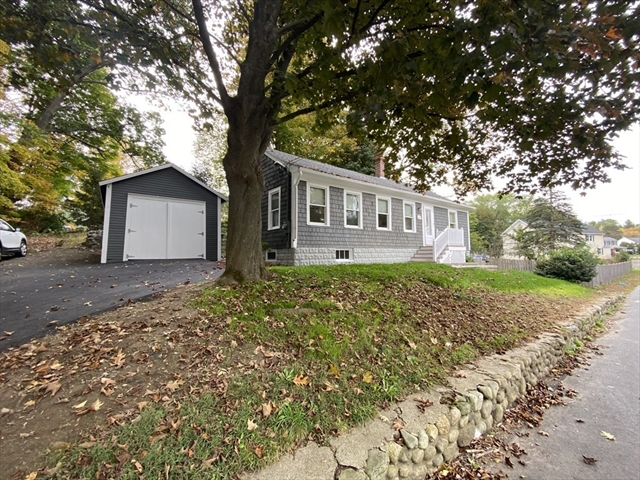 138 Main Street Groveland MA 01834