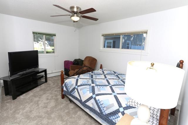 33 Greenwood Terrace Chicopee MA 01022