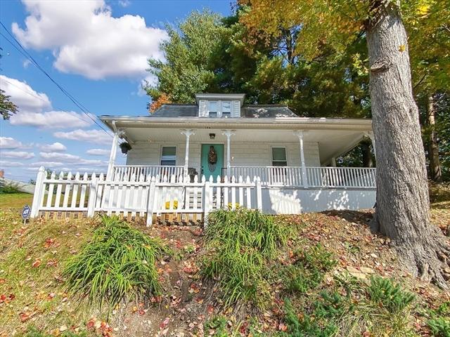 196 Pendleton Avenue Chicopee MA 01020