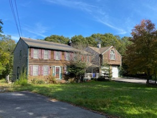 380 Old Plymouth Road Bourne MA 02562