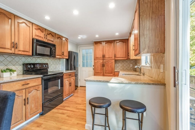 18 Oakdale Road Wilmington MA 01887