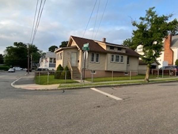 18 Mayflower Road Quincy MA 02171