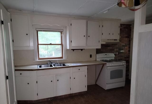 154 Boston Street Middleton MA 01949