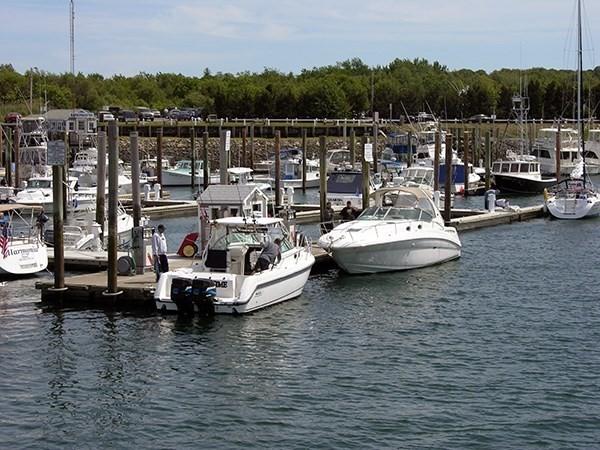 25 Little Bay Lane Bourne MA 02532