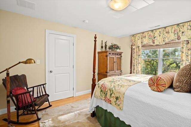 39 Pine Street Woburn MA 01801