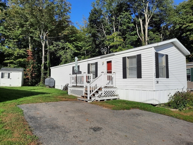 18 Maple Pepperell MA 01463