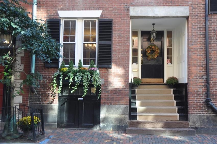 86 Myrtle St, Boston, MA Image 3