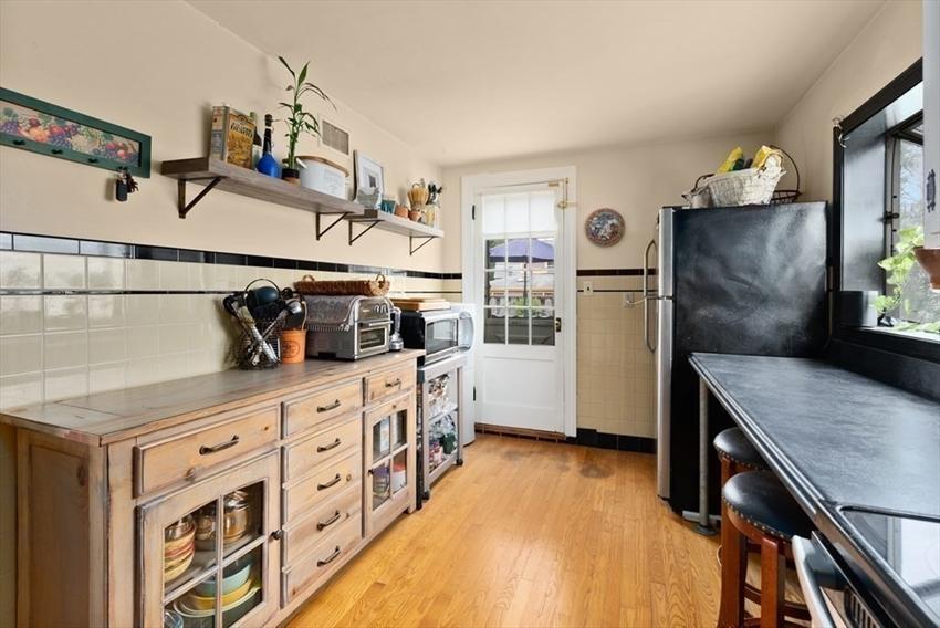 38 Glendower Rd, Boston, MA Image 21