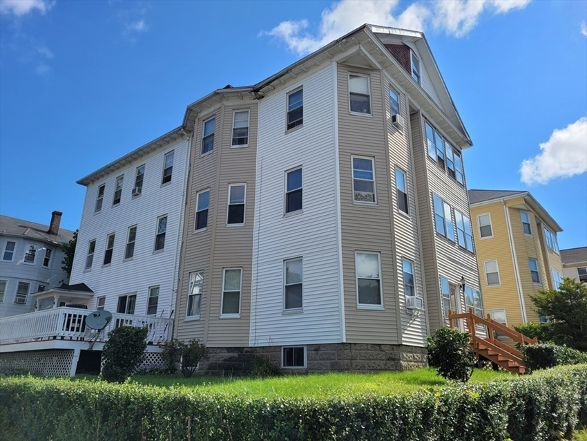 15 Ames St, Worcester, MA Image 2