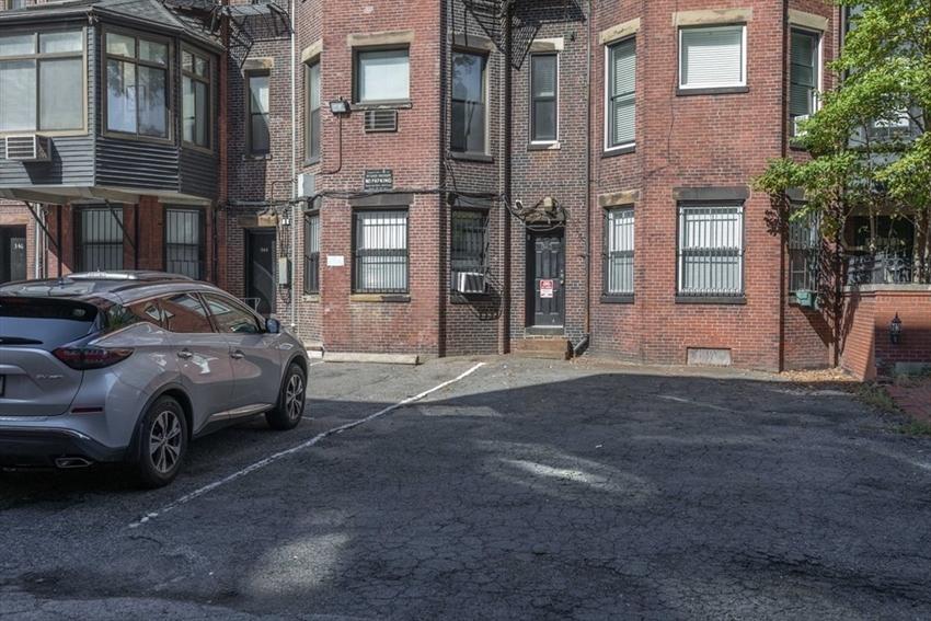 342 Commonwealth Avenue, Boston, MA Image 18