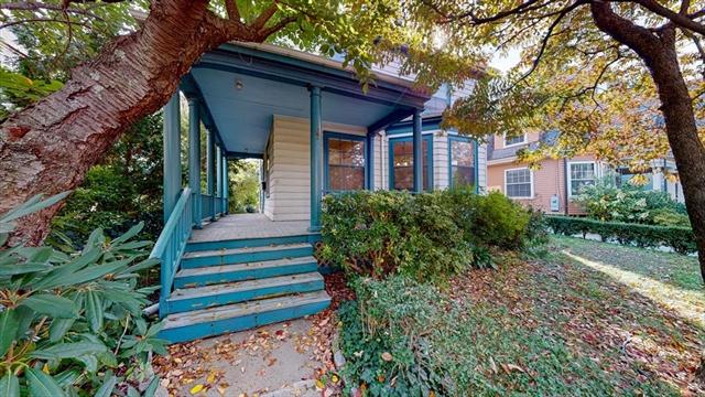 67 Perry Street, Brookline, MA, 02446,  Home For Sale