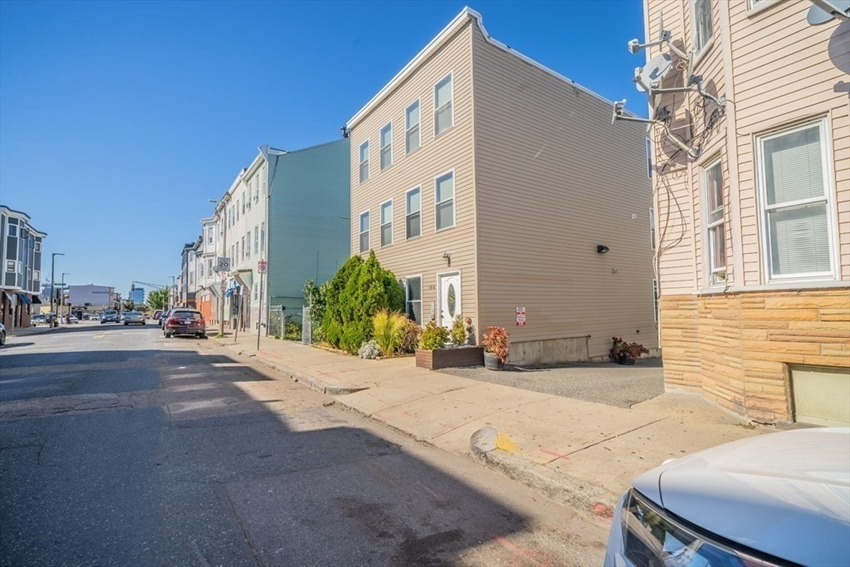 164 Bennington, Boston, MA Image 27