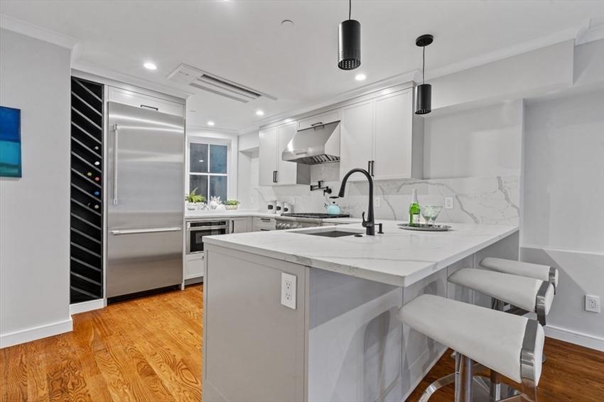 145 Warren Ave, Boston, MA Image 7