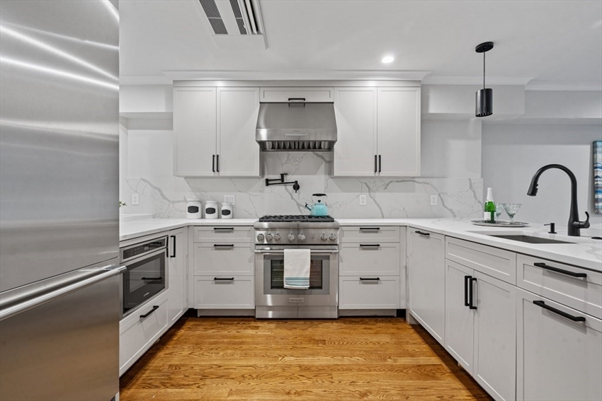 145 Warren Ave, Boston, MA Image 8