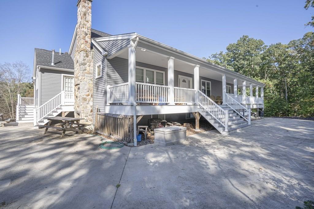 8 Mount Hope Street, North Attleboro, MA 02760
