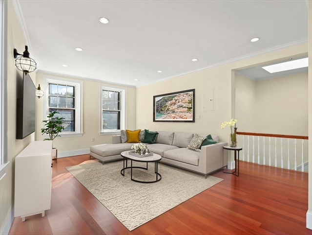 76 W Cedar St, Boston, MA, 02114, Beacon Hill Home For Sale